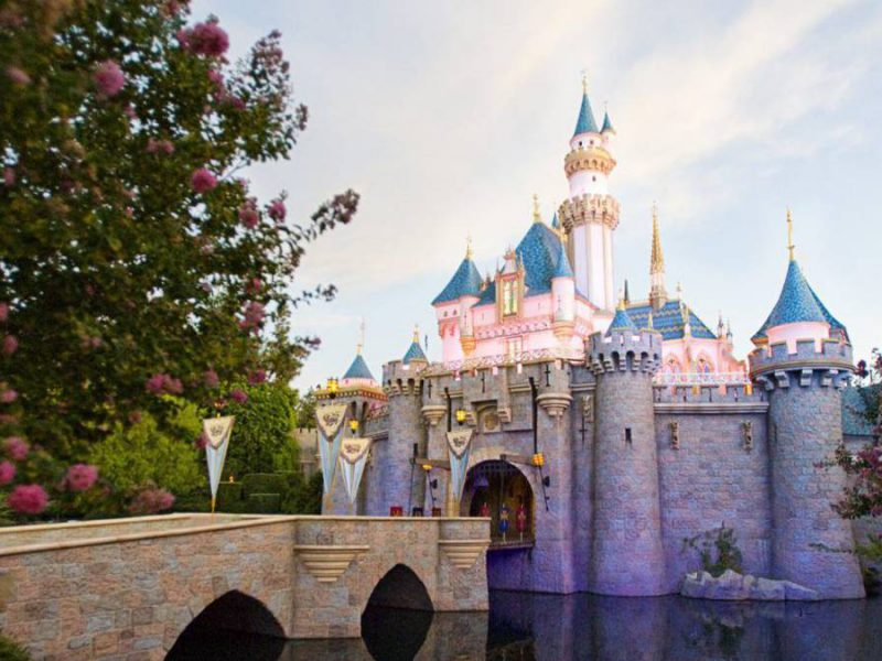 30 Unbelievable Disneyland Facts You Should Know