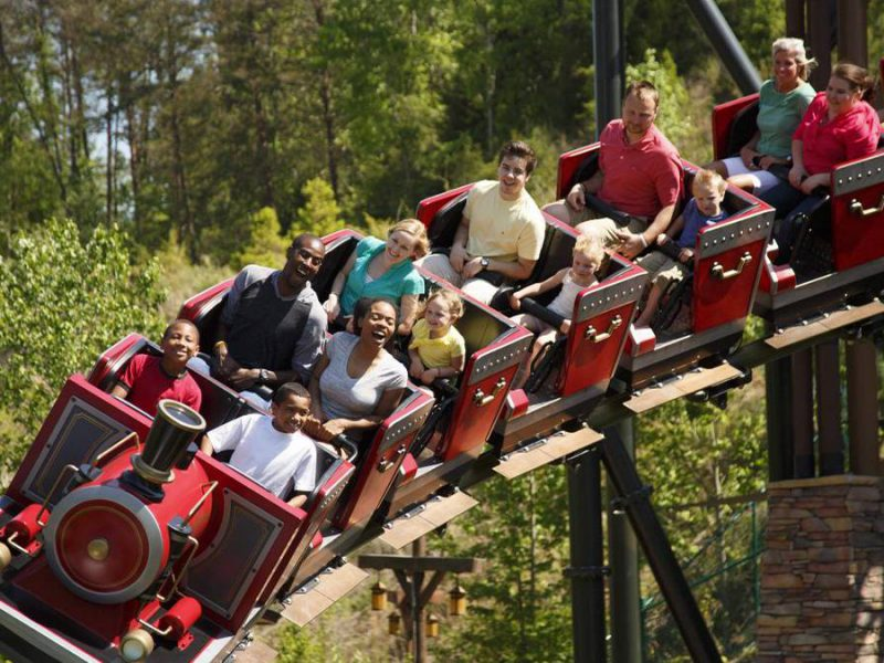 Ultimate Guide to Dollywood®: Coupons, Discounts, and Deals