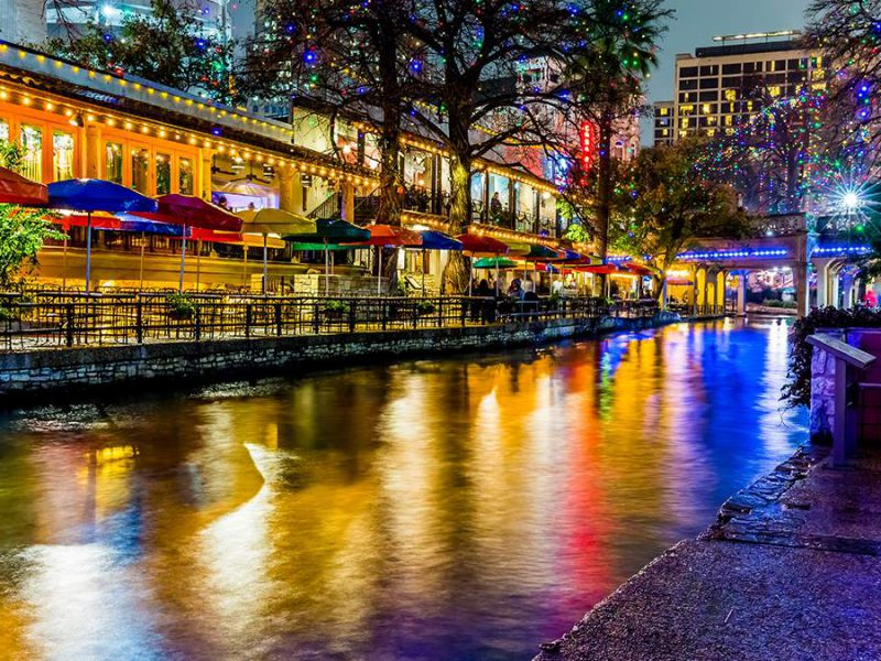 What are the Top Things to Do in San Antonio at Night?