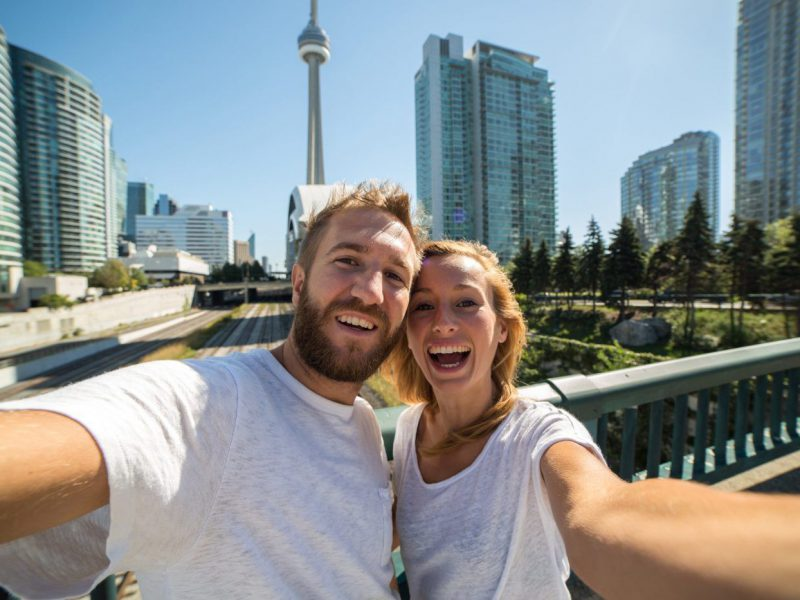 10 Romantic Things to Do in Toronto Every Couple Should Know About